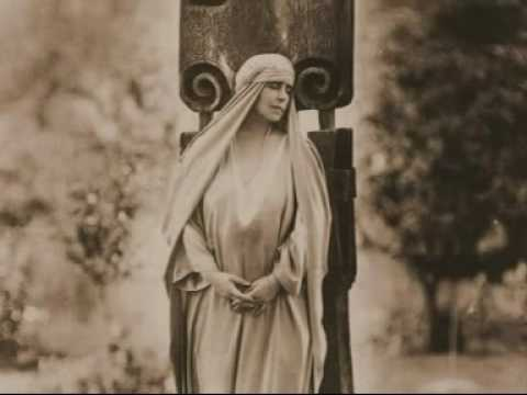 QUEEN MARIE OF ROMANIA-REGINA MARIA A ROMANIEI- A PASSION FOR BEAUTY