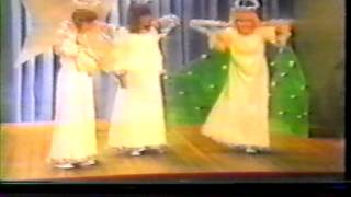 Karen Carpenter, Kristy McNichol, the Angel in the Christmas Play