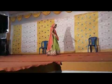 Dil lahri babu koi sahri babu..best dance of elder sister..