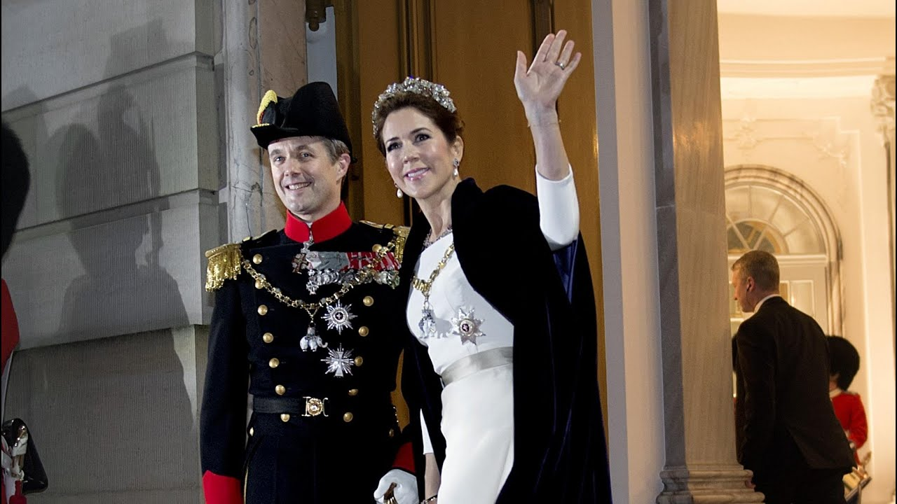 Danish royal family at new years banquet 2015 youtube sciox Image collections