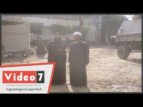 الهلال يعانق الصليب.. مسلمون يشاركون فى بناء كنيسة مارجرجس بسمالوط