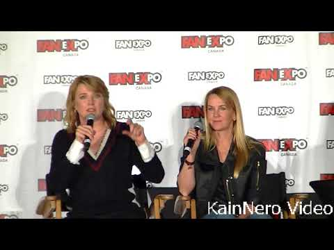 Expo 2018 Toronto Lucy Lawless Renee O'Connor Panel