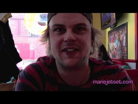 Entrevue avec Derrick Frenette par Marie Jetset