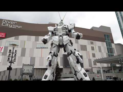 Unicorn Gundam Form Change Japan Tokyo Odaiba diver city. Transformation!