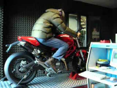 G&G exhaust on Ducati Monster 696 / 796 / 1100, dB-killers installed
