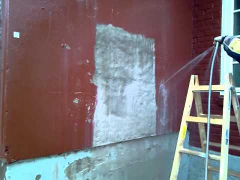 Fjerning av maling på mur