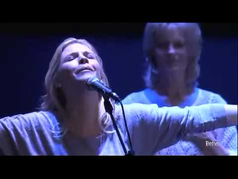 Jenn Johnson - Your Grace Is Enough