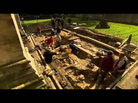 Time.Team.S16-E12 Buried Bishops and Belfries: Salisbury Cathedral
