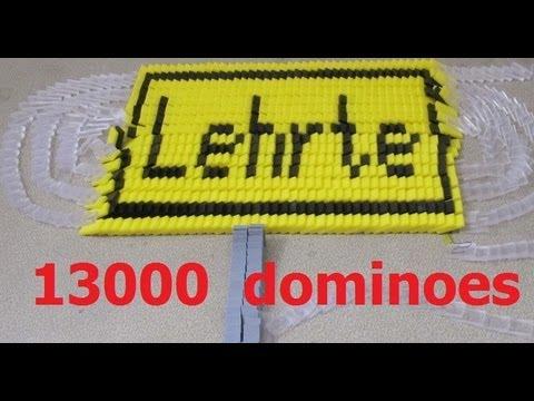 Lehrte in 13,000 dominoes (screenlink)