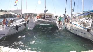 Docking Catamaran in 20 Knots of Cross Wind