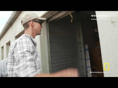 Doomsday Preppers S02E05 Taking from the Haves