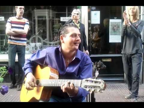 Zigeunergitarist Jimmy Rosenberg in het OK / video-2011-04-10-19-28-46.3gp