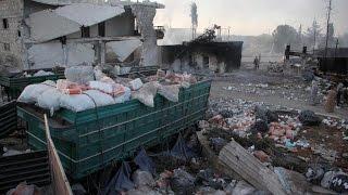 """المتحدث الاقليمي للأمم المتحدة: استهداف قوافل المساعدات """"جريمة حرب"""" ونظام الأسد يصادر المساعدات"""