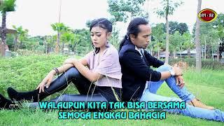 Arya Satria Feat. Tiara Amora Tak Mungkin Bersama.mp3