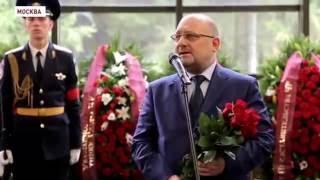 Чеченская делегация на похоронах Юрия Торшина в Москве(, 2016-09-14T21:13:04.000Z)