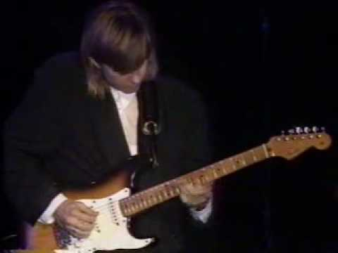 Eric Johnson - Cliffs of Dover - live 1990