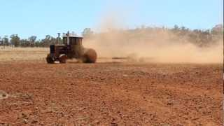 TURBO CHARGED 14L V8 SCANIA POWERED AUSSIE UPTON TRACTOR WORKING.