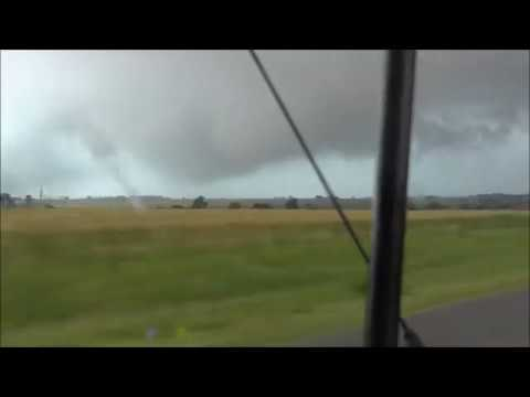Dangerously Close To Elk City, Oklahoma Tornado! - May 16 2017 - Elk City, Oklahoma