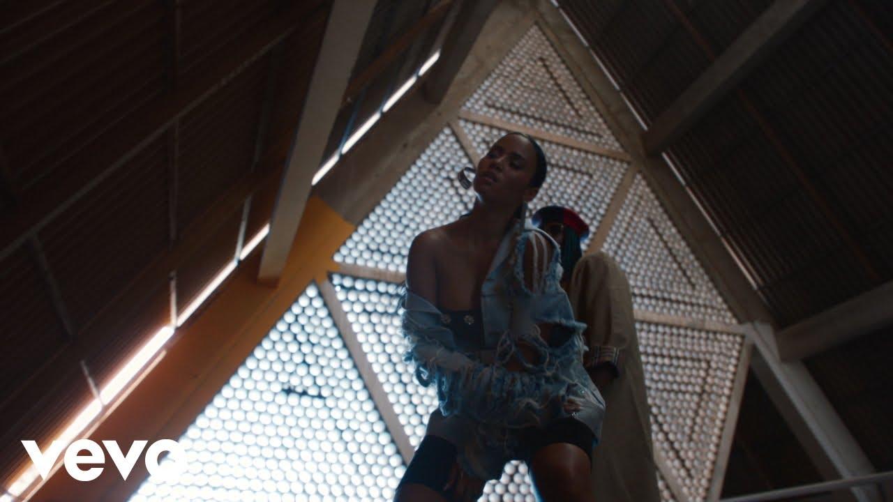 Mayra Andrade - Pull Up (Official Video)