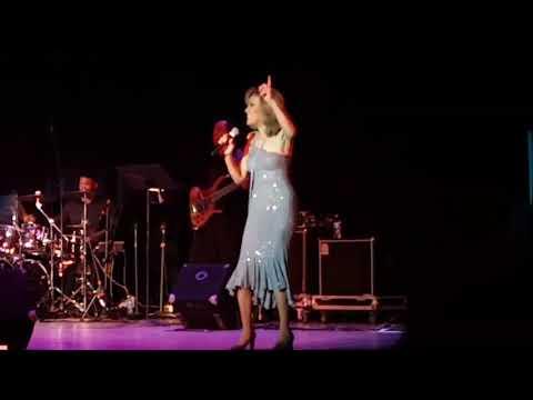 "Marilyn McCoo & Billy Davis, Jr ""Aquarius/Let The Sunshine In"" 2-14-18"
