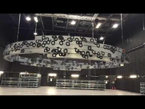 180.000 flip dots rotieren ... Autostadt Wolfsburg ... Testinstallation Studio Babelsberg, Potsdam