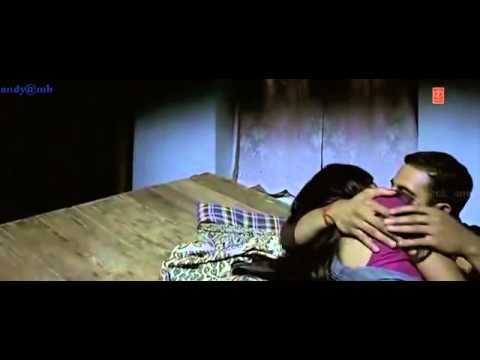 Aditi rao kissing & bed scene