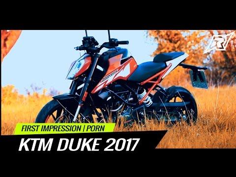 2017 KTM DUKE 125 First Impression | Bike Porn