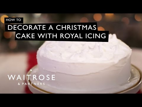 British Christmas Cake.Decorate A Christmas Cake With Royal Icing Waitrose