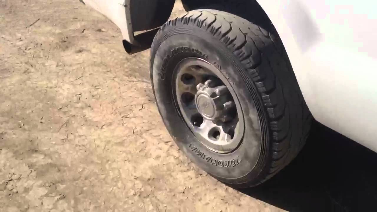 2004 ford 60 powerstroke cranky start with bad injectors youtube 2004 ford 60 powerstroke cranky start with bad injectors fandeluxe Images