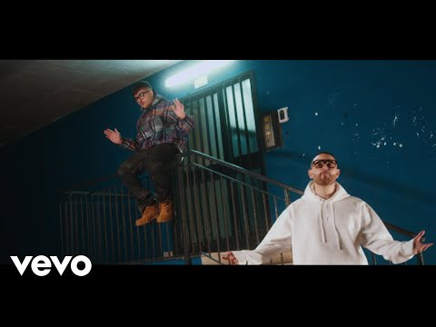 Rocco Hunt - Che me chiamme a fa? (Official Video) ft. Geolier