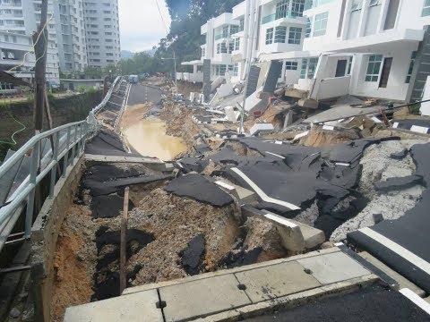 landslide Penang, Malaysia, sinkhole, road on hillslope collapsed , Tanjung Bungah , Typhoon Damrey