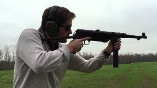 MP38 WWII German Submachine Gun, Full Auto Shooting