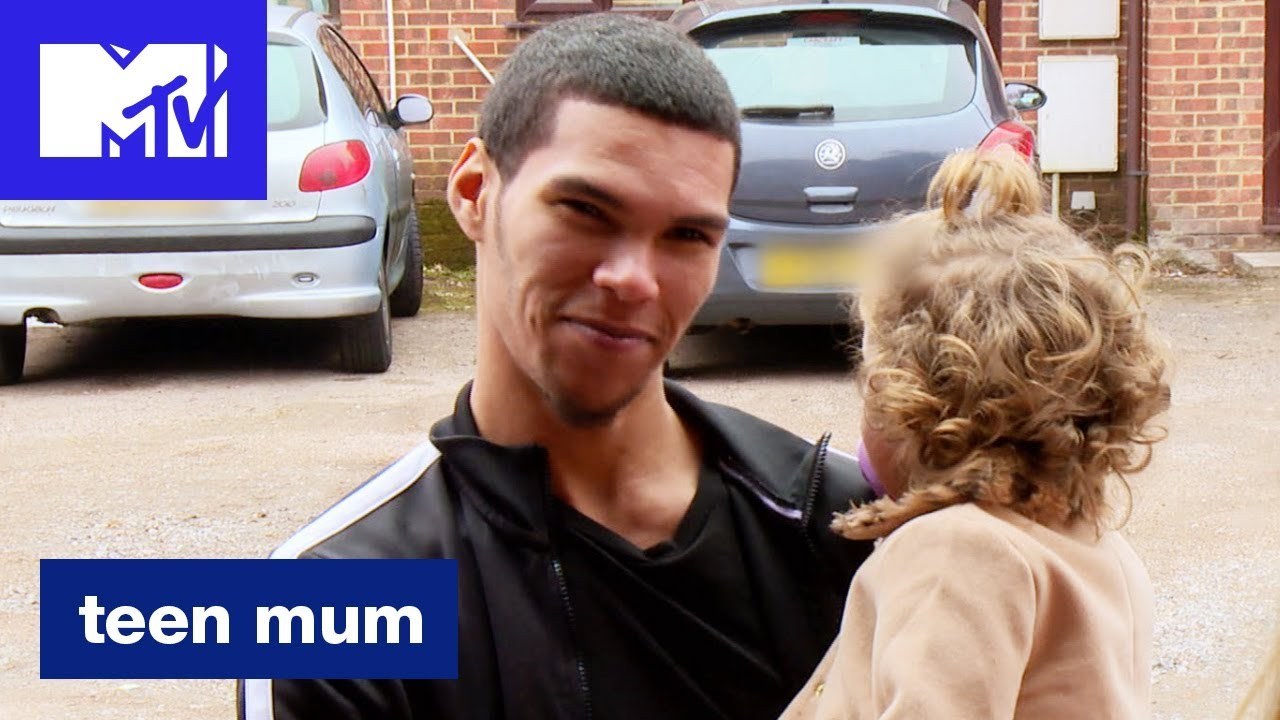 Will Manly Show Up For Mia On Valentines Day Official Sneak Peek  Teen Mum Season 2  Mtv - Youtube-4125