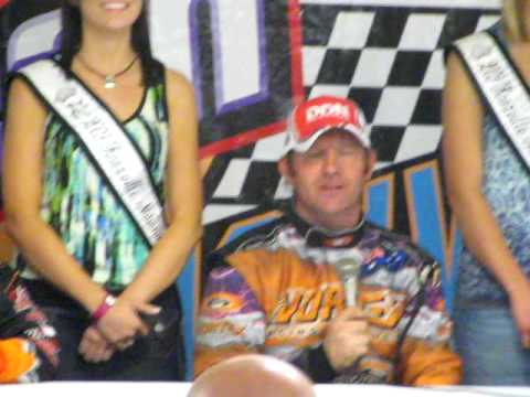 Lynton Jeffrey wins $10,000 during 2009 Knoxville Nationals