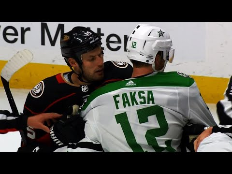 Ducks, Stars end hotly contested game with fight