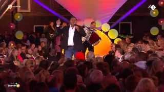 Django Wagner - Ik hou nog steeds van jou - Sterren Muziekfeest op het Plein