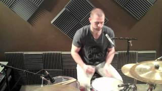 How To Tune A Snare Drum | How To Tune Drums | Stephen Taylor Drum Lessons