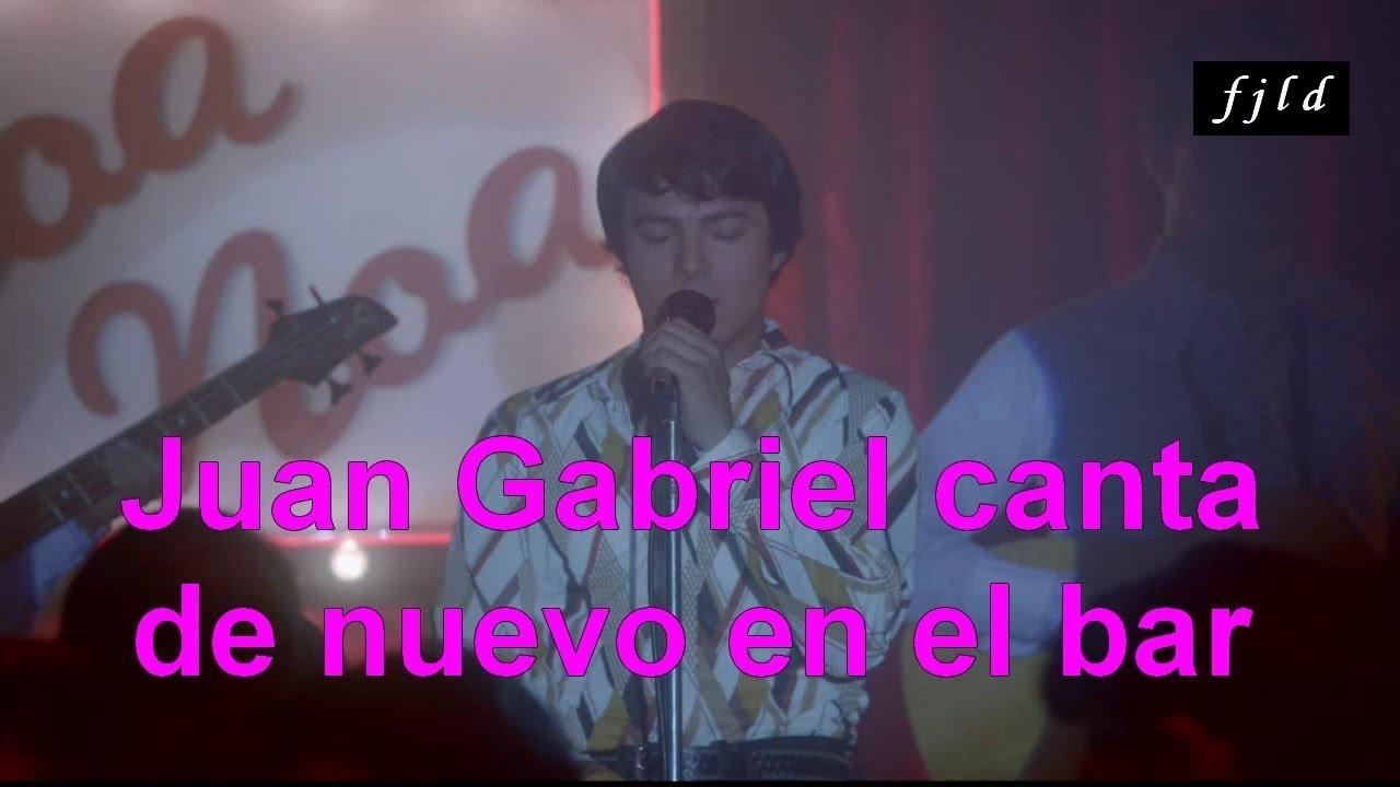 Juan Gabriel canta de nuevo en el bar (De la serie Hasta Que Te Conoci)