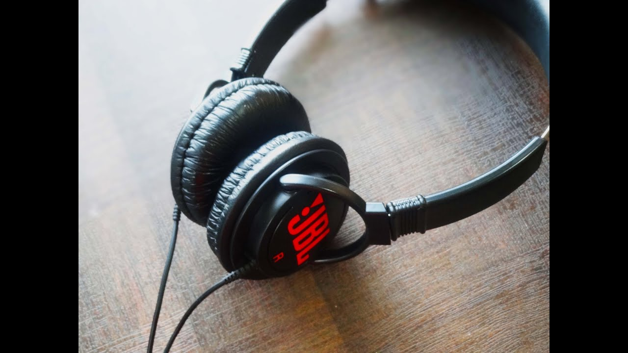 The 5 best headphones you can get under INR 999