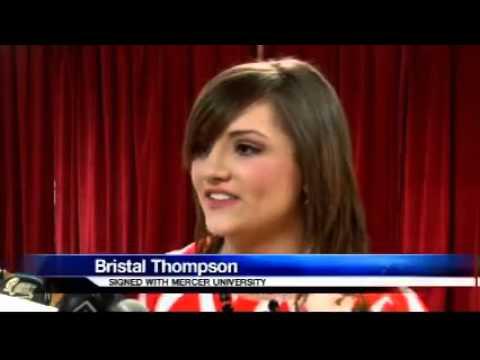 Worth County Cheerleader gets Scholarship to Mercer