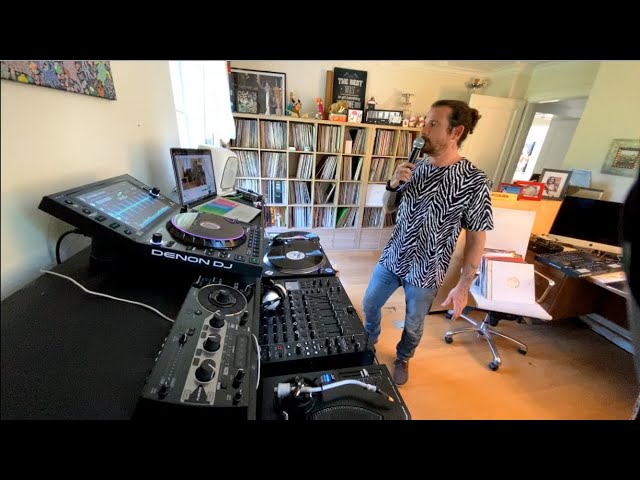 Luciano Living Room Session Part.33 (22.04.2020)
