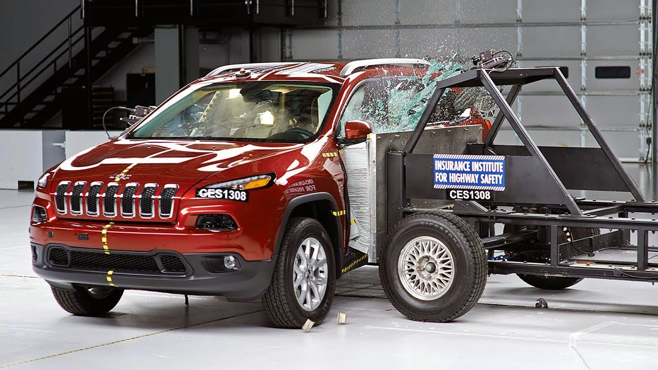 2014 jeep cherokee side iihs crash test youtube. Black Bedroom Furniture Sets. Home Design Ideas