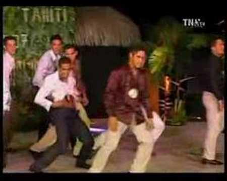 Mister Tahiti 2007  défilé Tenue de Soirée