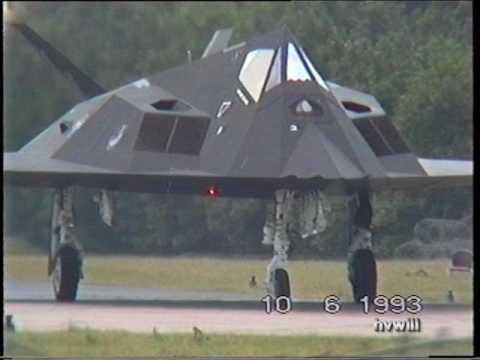 F-117's op de