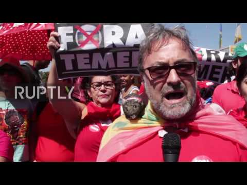 Brazil: 'Stay Dilma, Out Temer' - Protesters defend Rousseff during hearing in Senate