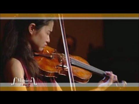 Sayaka Shoji plays Bach : Largo from Sonata No.3 in C major, BWV 1005