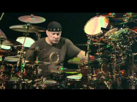 RUSH - LA VILLA STRANGIATO CLEVELAND TIME MACHINE TOUR 2011