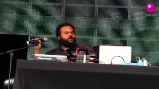 Play Human Monkeys Radio Edit