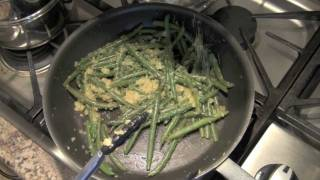 Fresh Green Beans With Caramelized Onion And Garlic