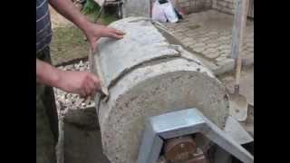 Самодельная бетономешалка из 200 литровой бочки.(, 2013-05-11T17:20:51.000Z)